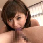 アナル舐め手コキをする麻美ゆまの動画 -痴女っぷりを存分に発揮しベロベロと肛門を愛撫-