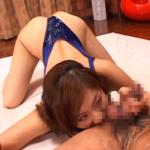 麻美ゆまがお尻の穴を舐めている動画 -一舐め一舐め丁寧にアナルを愛撫する-